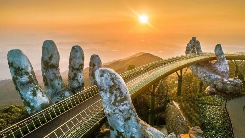 Cầu Vàng thành phố Đà Nẵng